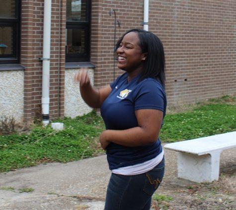 "Senior Cierra Jones Commits to ""Dream College"""