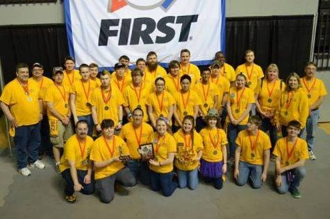 Triple Helix Advances to National Robotics Championship