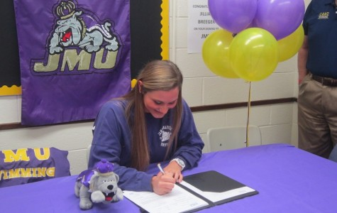 Jillian Breeger signs to swim at JMU.