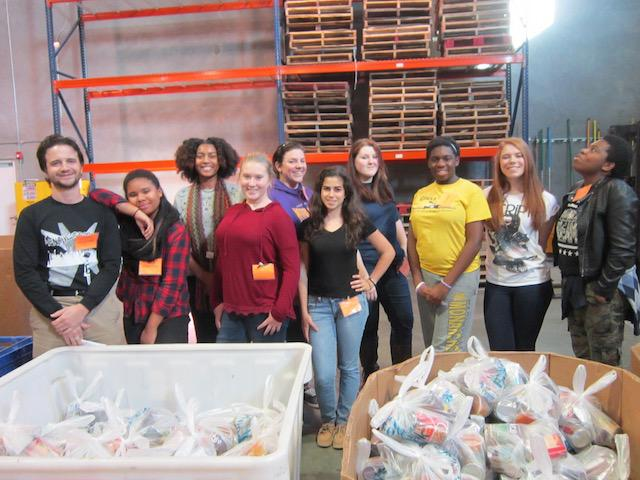 L2F+student+volunteers+after+finishing+400+%22backpack%22+food+bags.+