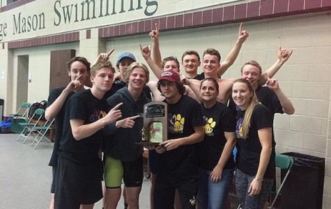 Menchville Boy's Swim Team Win States