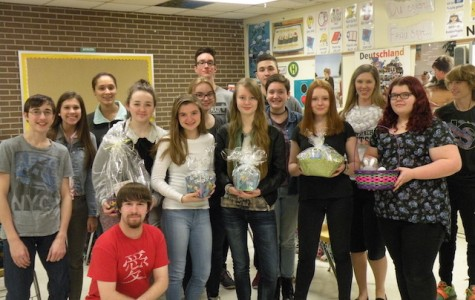 German Club Prepares Easter Baskets