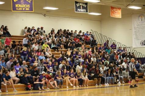Seniors cheering on their classmates