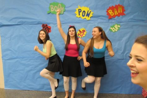 "Alysse Colletti, Jordan Beamer, Bethany Willis as the ""Powerpuff Girls"""