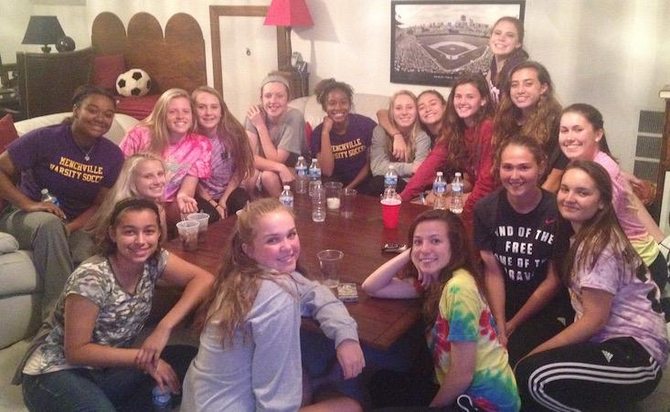 Menchville+Girls+Varsity+Soccer+use+pasta+dinners+as+much+loved+bonding+time.
