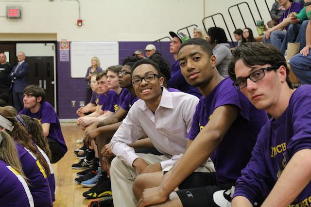Coach Keyshawn Parker posing with Julian Rudd and Bobby Gatz.