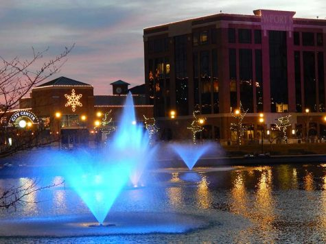 The City Center fountains lit up for Hollydazzle celebrations.