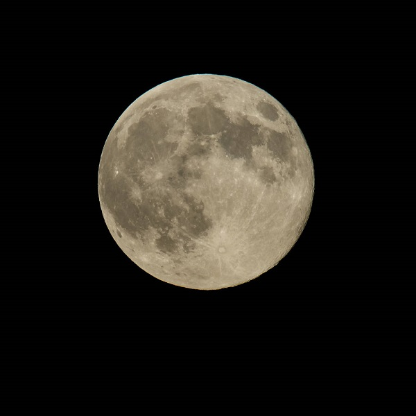 A perigree full moon or supermoon is seen, Sunday, August 10, 2014, in Washington. A supermoon occurs when the moon's orbit is closest (perigee) to Earth at the same time it is full. Photo Credit: (NASA/Bill Ingalls)