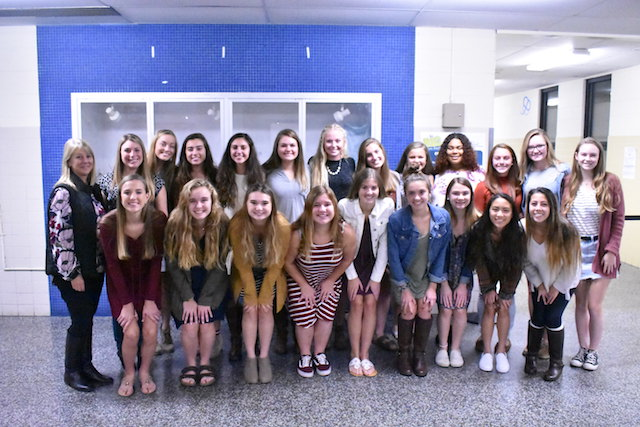 The Field Hockey team takes a group photo after being awarded Best Fall Sports Team.