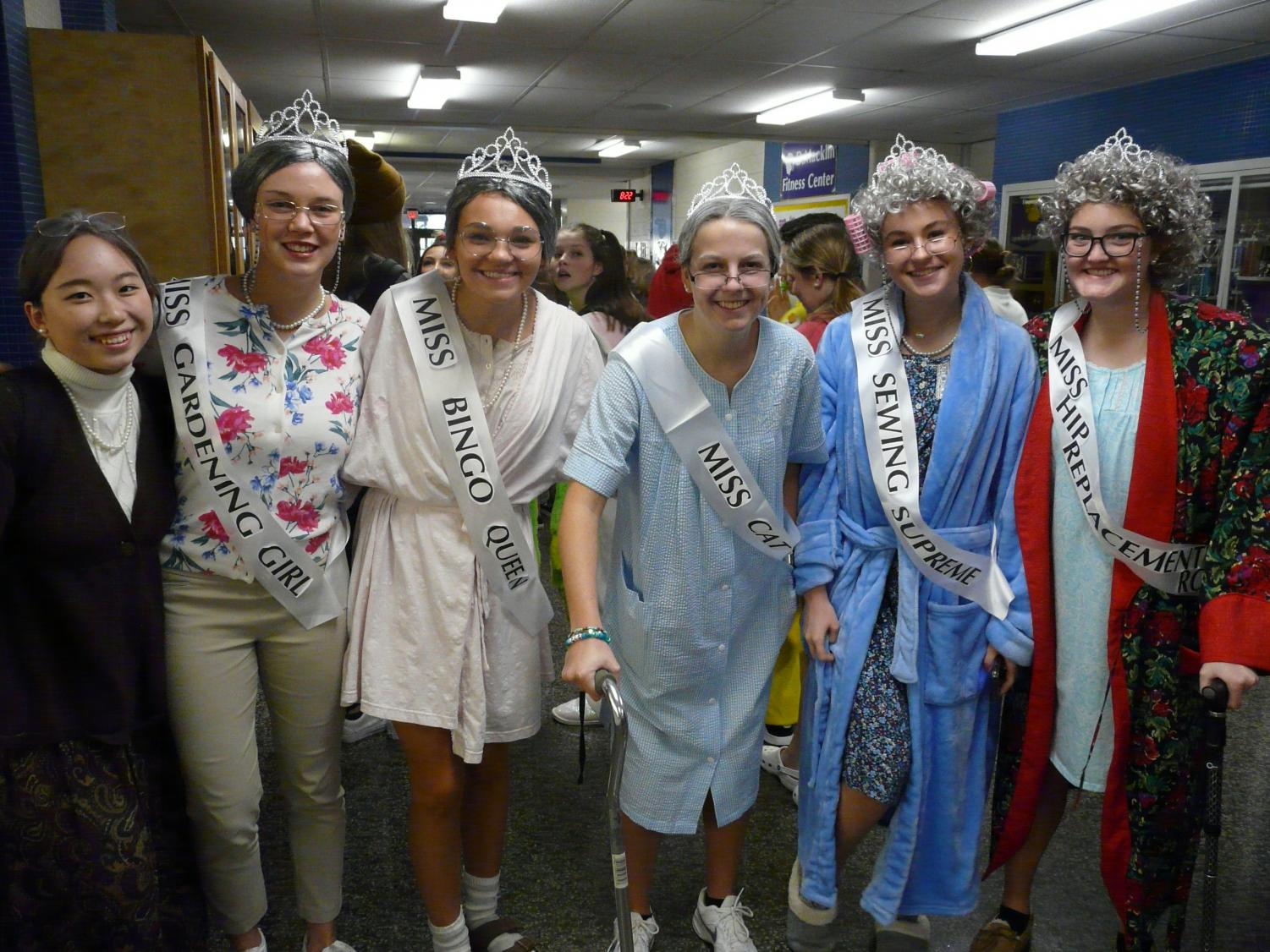 Winners+of+the+spirit+day+included+this+group+of+pageant+grandmas.+Chiara+Tomasetti+poses+as+%22Miss+Hip+Replacement.%22