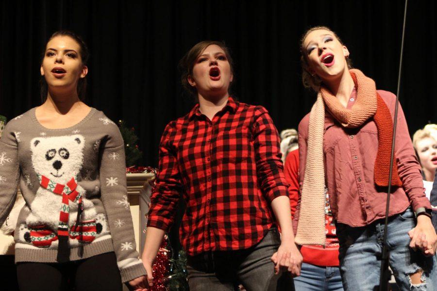 Menchville Choir had their winter concert on Thursday, December 5.