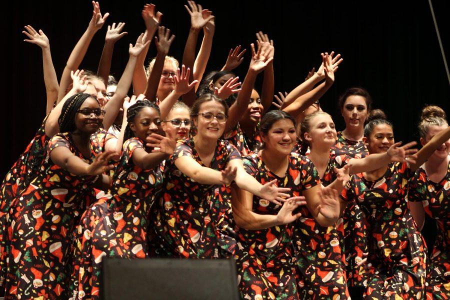 Bella Voce Choir performs